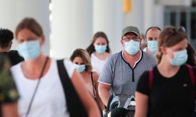 Mask mandate until June 15 in California